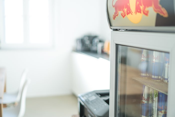 Red Bull Kühlschrank Einstellen : Sags online werbeagentur bayreuth