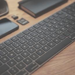 Apple Tastatur schwarz